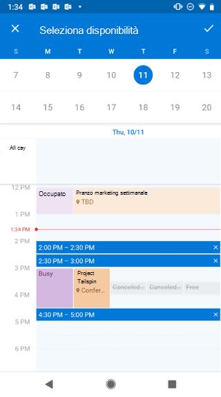 """Mostra il calendario in una schermata di Android. Sopra il calendario si trova il tasto """"Seleziona disponibilità"""", ed è presente un pulsante di selezione alla sua destra."""