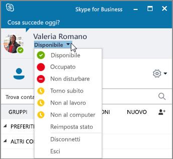 Screenshot della finestra di Skype for Business con il menu Stato aperto.