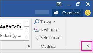 Scegliere ^ per nascondere la barra multifunzione.