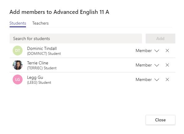 Aggiungere studenti a un team come membri