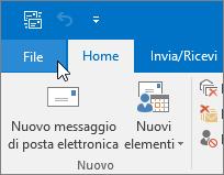 Screenshot del menu File in Outlook 2016