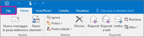 Aspetto della barra multifunzione di Outlook 2016