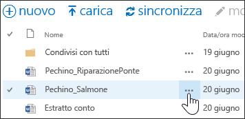 Selezionare l'icona Altro con i puntini di sospensione accanto al nome del documento in OneDrive for Business per aprire la scheda al passaggio del mouse del documento