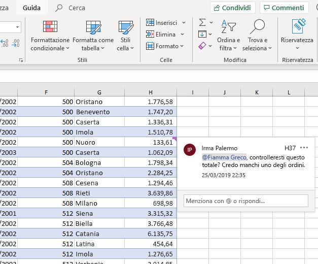 Screenshot di aggiunta di un commento in Excel