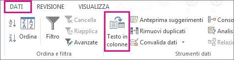 Documento di Word e strumenti di modifica sullo sfondo
