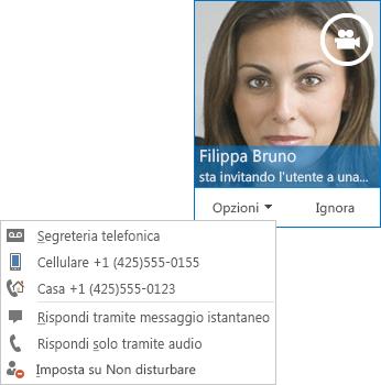 Schermata dell'avviso di videochiamata con l'immagine del contatto nell'angolo superiore