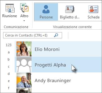 Fare doppio clic sul gruppo di contatti per visualizzare tutti i nomi