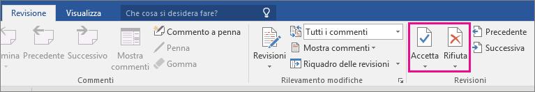 Opzioni Accetta e Rifiuta evidenziate nella scheda Revisione.