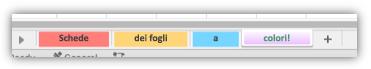 Screenshot delle schede dei fogli di lavoro con colori che riempiono l'intera scheda.