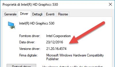 Le informazioni relative a versione e data del driver del dispositivo sono disponibili nella parte superiore della scheda Driver.