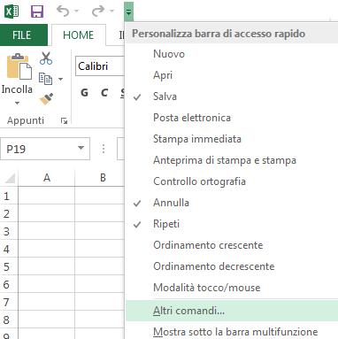 Usare l'elenco a discesa Personalizza barra di accesso rapido per accedere ai comandi che non sono già presenti sulla barra multifunzione.