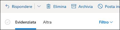Una schermata mostra le schede evidenziate e altre nella parte superiore di una cassetta postale di Outlook.com.