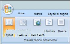 Screenshot che mostra il gruppo Visualizzazioni documento con l'opzione di Layout di stampa selezionata. Altre opzioni disponibili sono lettura a schermo intero, Layout Web, struttura e bozza.