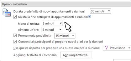 Finestra di dialogo Opzioni calendario con casella di spunta Termina appuntamenti e riunioni in anticipo selezionata