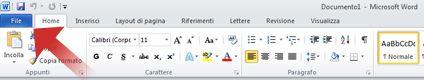 Freccia che punta alla scheda File in Word