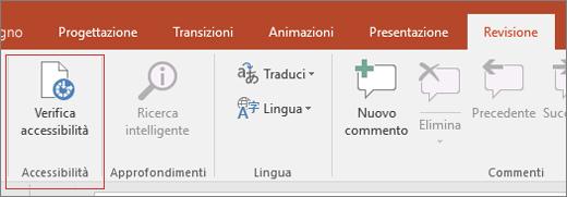 Ritaglio di schermata dell'interfaccia utente di Word che mostra i comandi Revisione > Verifica accessibilità con una casella rossa attorno a quest'ultimo.