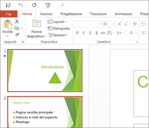 PowerPoint 2016 con il tema Bianco applicato.
