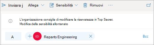 Screenshot di un suggerimento relativo a un'etichetta di sensitività consigliata