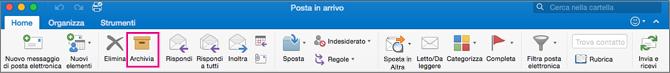 Barra multifunzione di Outlook con il pulsante Archivia evidenziato