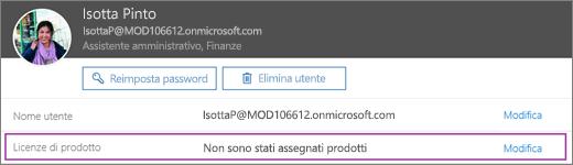 Lo screenshot mostra le informazioni relative all'utente Isotta Pinto. L'area Licenze di prodotto mostra che non ci sono prodotti assegnati all'utente e che l'opzione di modifica è disponibile.