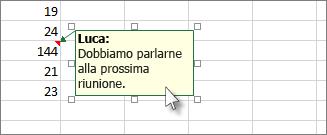 Fare clic sul bordo della casella del commento per spostarla o modificarne le dimensioni