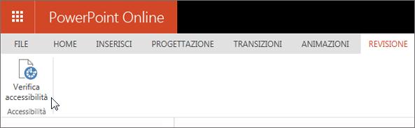 Screenshot che mostra la scheda Revisione, con il cursore posizionato sull'opzione Verifica accessibilità.
