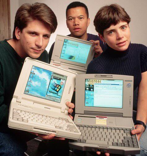 Twitter Takeover_Laura con un computer nel 1995