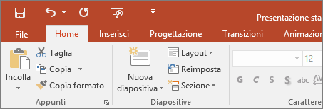 Barra multifunzione con il tema a colori in PowerPoint 2016