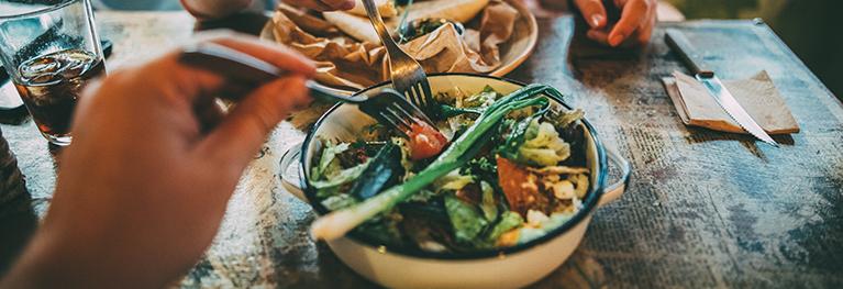 栄養価の高い食事の画像