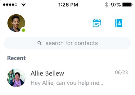 iOS 用の Skype for Business 上の最近の会話を示すスクリーンショット。