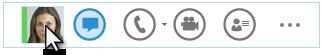 대화 상대의 사진에 커서를 올려 놓은 상태의 빠른 Lync 메뉴 스크린샷