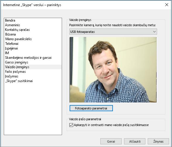 """Ekrano nuotrauka, vaizduojanti """"Skype"""" verslui dialogo lango Parinktys puslapį Vaizdo įrenginiai."""