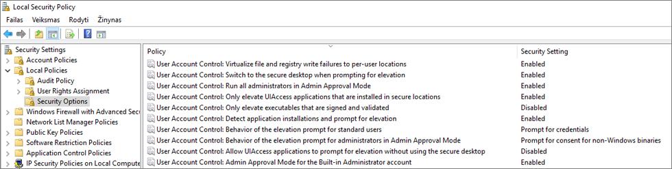 """Vietinės saugos strategija lange bei saugos parinktys rodomas ištaisyti """"OneDrive"""" parametrai"""