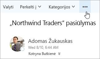 """Mygtuko Daugiau komandų, esančio """"Outlook"""" meniu juostoje, ekrano nuotrauka."""