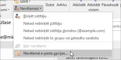 Ekrānuzņēmums, kurā parādīta poga nevēlamā e-pasta opcijas