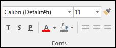Access fontu grupā pieejamās komandas