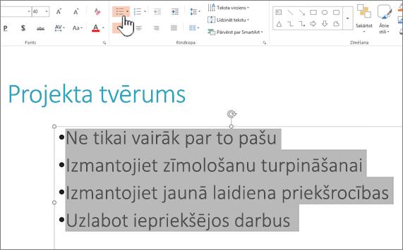 Atlasīto tekstu ar aizzīmēm lietots