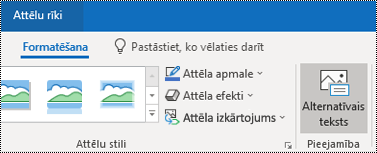 Poga Alternatīvais teksts programmas Outlook darbam ar Windows lentē.