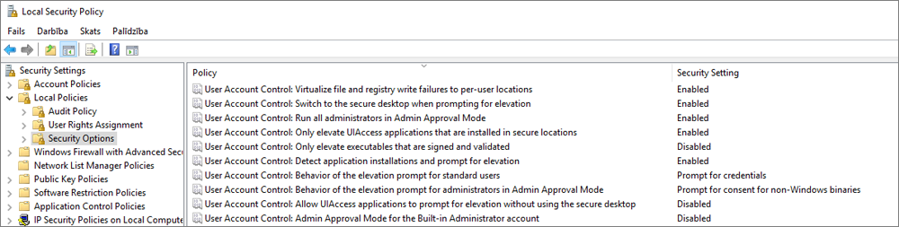 Lokālās drošības politikas logs ar drošības opcijām, kurās redzami izlaboti OneDrive iestatījumi