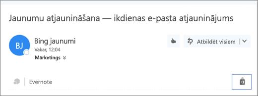 Ekrānuzņēmums, kurā redzams izvilkums no e-pasta ziņojuma augšdaļas ar iezīmētu veikala ikonu. Noklikšķinot uz ikonas, tiek atvērts pievienojumprogrammu programmai Outlook logs, kurā varat meklēt un instalēt pievienojumprogrammas.