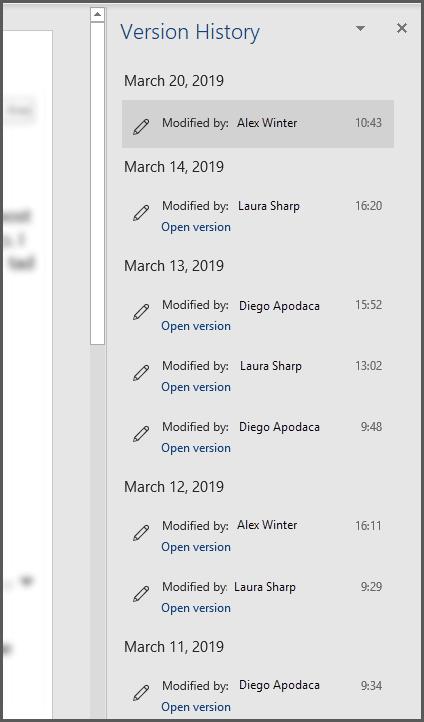 Office versiju vēstures rūts, kurā redzamas vairākas faila iepriekšējās versijas