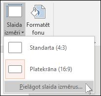 rāda PowerPoint dialoglodziņu, kurā var atlasīt pielāgotu slaida lielumu