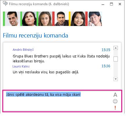 Tērzētavas loga ekrānuzņēmums, kurā redzams ziņojums ar mainītu fontu un pievienotu emocijzīmi
