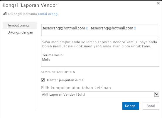 Imej kotak dialog Kongsi untuk laman diisikan dengan nama pengguna untuk pengguna luaran.