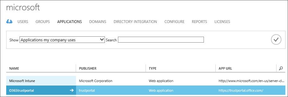 Menunjukkan aplikasi Azure AD disenaraikan dengan Service Trust diserlahkan (O365trustportal).