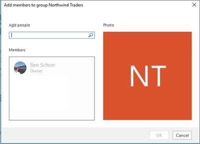 Taipkan nama atau alamat e-mel individu yang anda ingin tambahkan kepada Kumpulan dan klik OK.