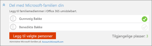 Nærbilde av skjermens «Del med Microsoft Family»-delen av «Legg til en person»-dialogboksen, med «Legg til valgte personer»-knappen.