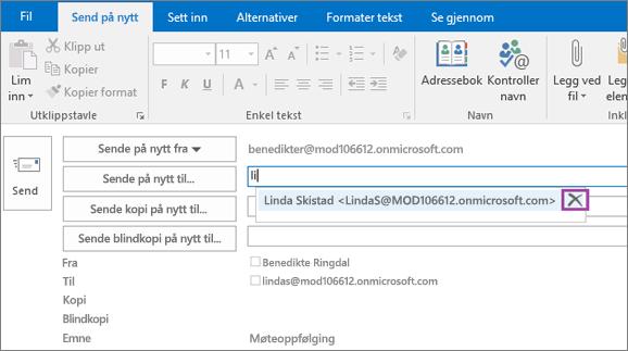 Skjermbilde som viser Send på nytt-alternativet for en e-postmelding. I Videresend til-feltet oppgir Autofullfør-funksjonen e-postadressen for mottakeren basert på de første bokstavene i mottakerens navn som skrives inn.