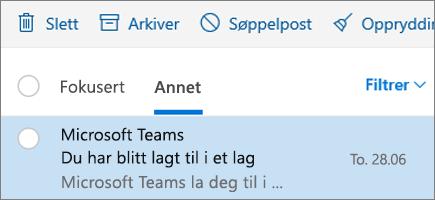 Arkivere meldinger i Outlook på nettet