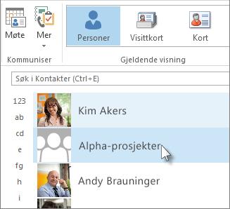 Dobbeltklikk kontaktgruppen hvis du vil vise alle navnene.